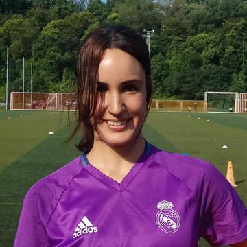 pretty nice e4ff0 088a1 Andrea Rodríguez | Real Madrid Football School in Singapore